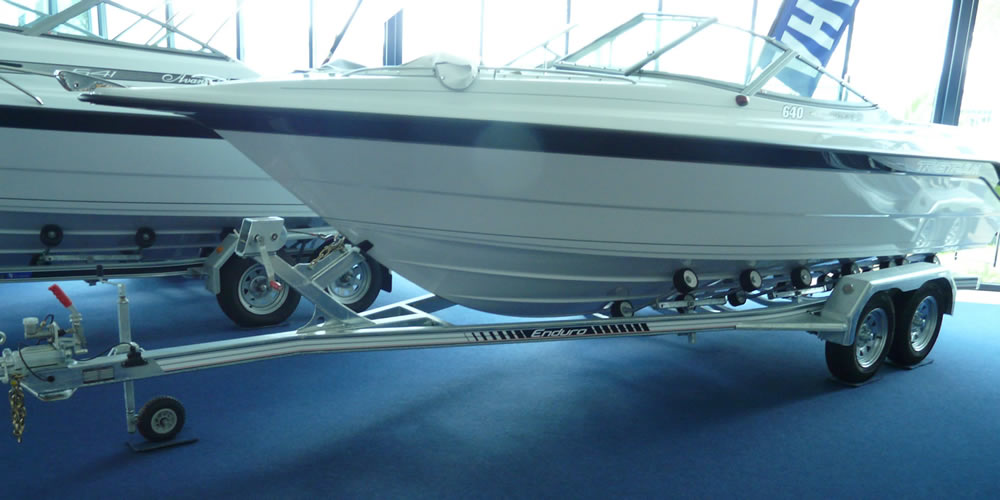 Enduro 650 Series boat trailer